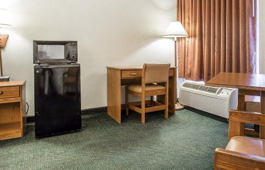 Zimmer Econo Lodge Conway