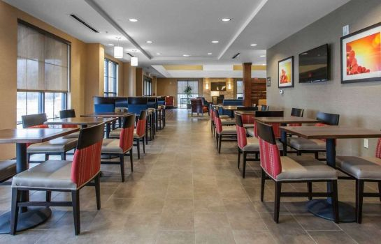 Restaurant Comfort Suites Youngstown North
