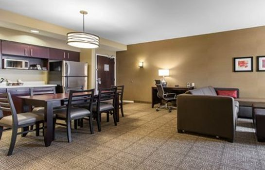 Suite Comfort Suites Youngstown North