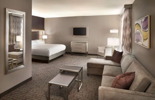 Room Embassy Suites by Hilton Charlotte Uptown