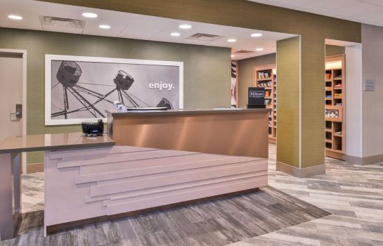 Lobby Hampton Inn and Suites Altoona-Des Moines by Hilton