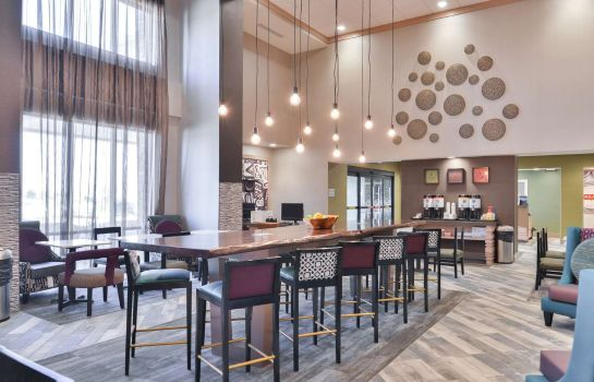 Hol hotelowy Hampton Inn and Suites Altoona-Des Moines by Hilton