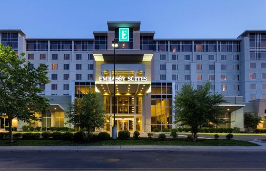 Vista exterior Embassy Suites by Hilton Newark Airport