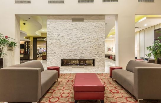 Hall de l'hôtel Embassy Suites by Hilton Newark Airport