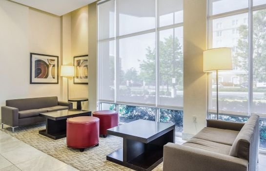 Hotelhalle Embassy Suites by Hilton Newark Airport