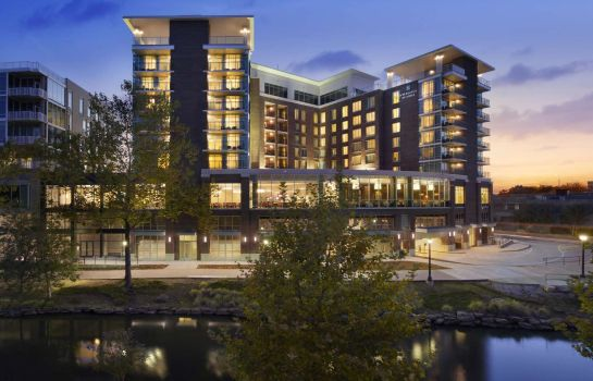 Außenansicht Embassy Suites by Hilton Greenville Downtown Riverplace
