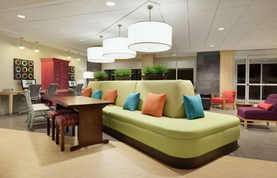 Hall Home 2 Suites by Hilton Roseville Minneapolis