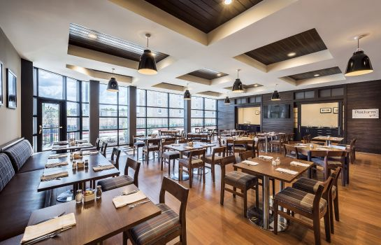 Restaurante Four Points by Sheraton Houston Energy Corridor
