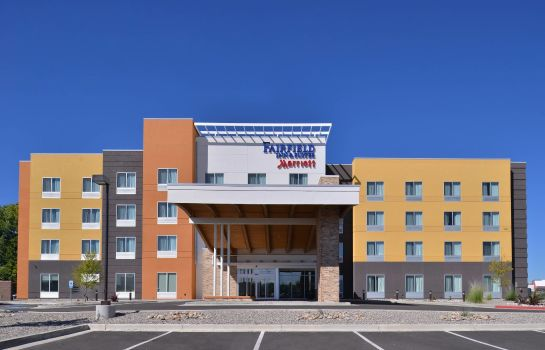 Vista exterior Fairfield Inn & Suites Farmington