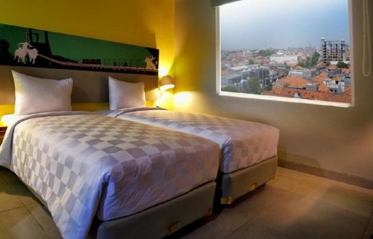 Single room (standard) Kyriad Pesonna Surabaya