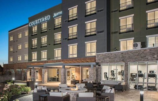 Info Courtyard Clifton Park
