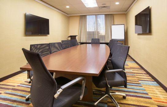 Conference room Fairfield Inn & Suites Burlington