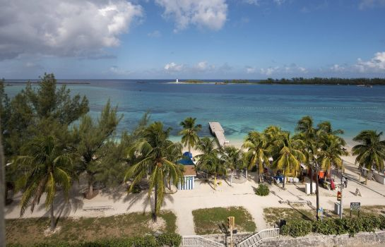 Suite Courtyard Nassau Downtown/Junkanoo Beach