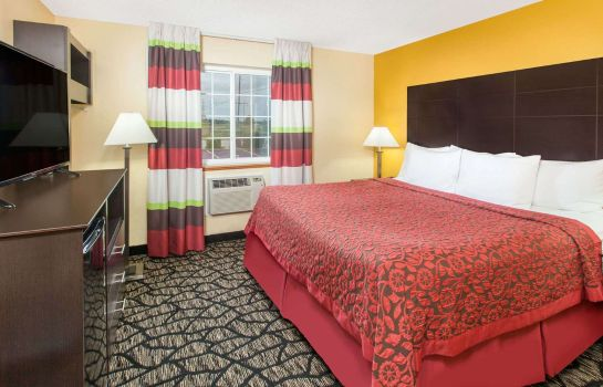 Room DAYS INN MIAMI