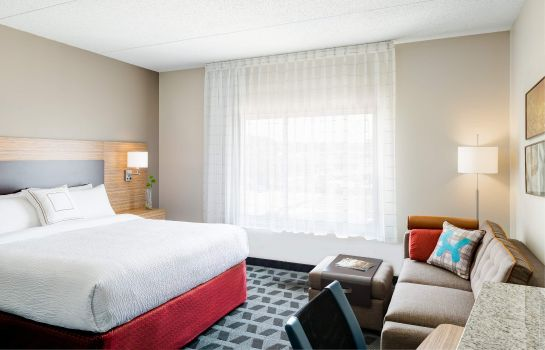 Zimmer TownePlace Suites Chicago Schaumburg