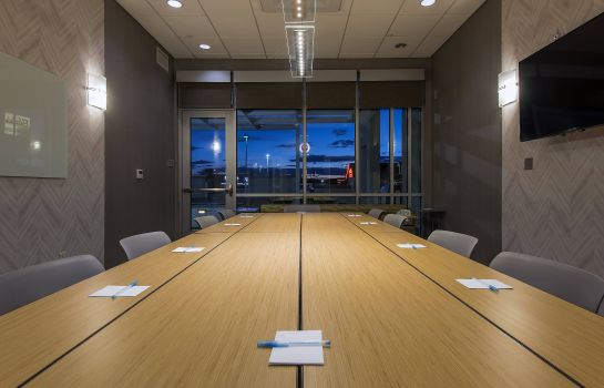 Conference room SpringHill Suites Gallup