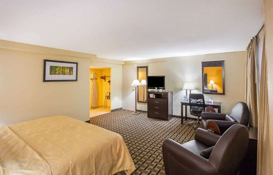 Suite Quality Inn and Suites Cincinnati