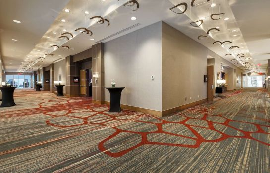 Conference room DoubleTree by Hilton Evansville