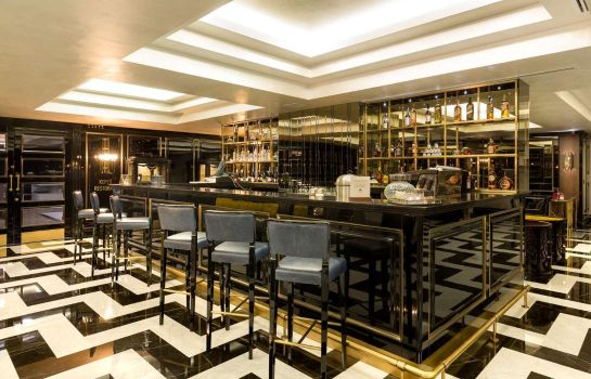 Bar del hotel DoubleTree by Hilton Izmir Airport
