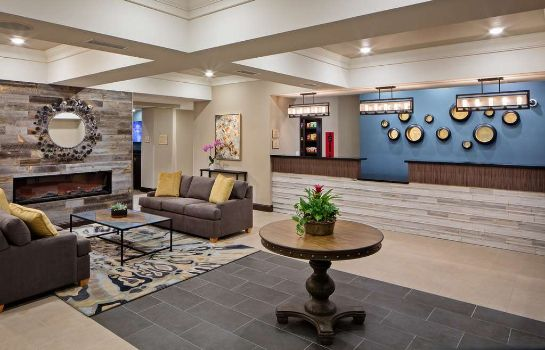 Hall BEST WESTERN PLUS OVERLAND INN