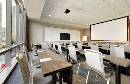 Conference room Homewood Suites Chicago WLoop