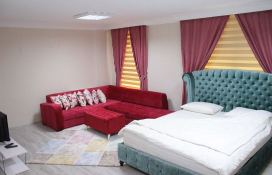 Four-bed room Batusay Residance Apartment