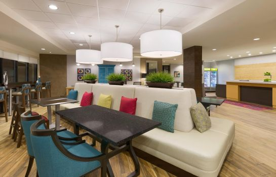 Vestíbulo del hotel Home2 Suites by Hilton Downingtown Exton Route 30