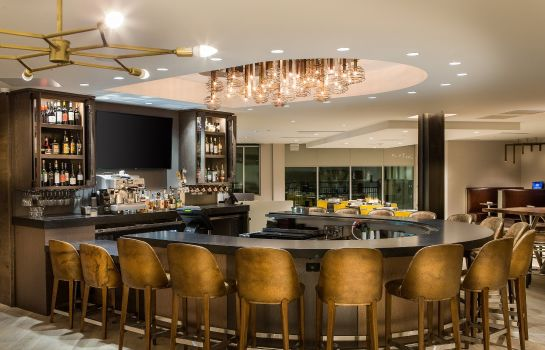 Hotel-Bar Cambria hotel & suites Southlake DFW North
