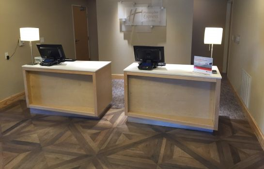 Hotelhalle Holiday Inn Express & Suites SAN ANTONIO - BROOKS CITY BASE