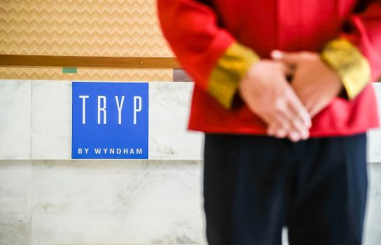 Reception TRYP by Wyndham Yangon