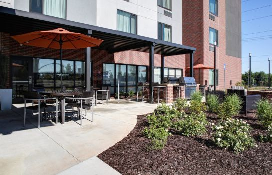 Restaurant TownePlace Suites Macon Mercer University