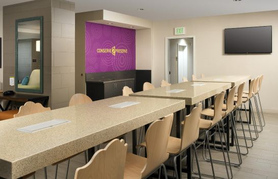 Restaurant Home2 Suites Denver Intl Apt