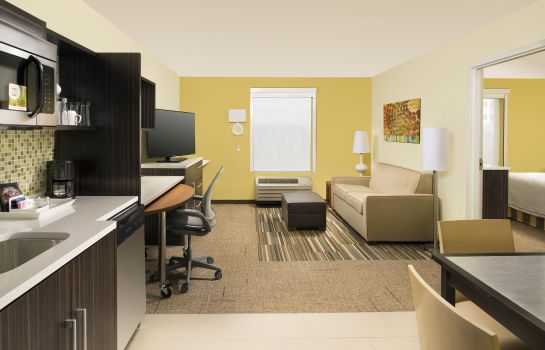 Suite Home2 Suites Denver Intl Apt