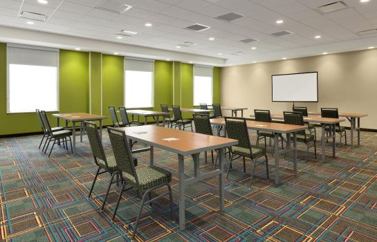 Sala konferencyjna Home2 Suites By Hilton Hasbrouck Heights