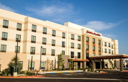 Buitenaanzicht Hampton Inn & Suites Murrieta