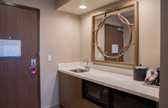 Zimmer Hampton Inn & Suites Murrieta
