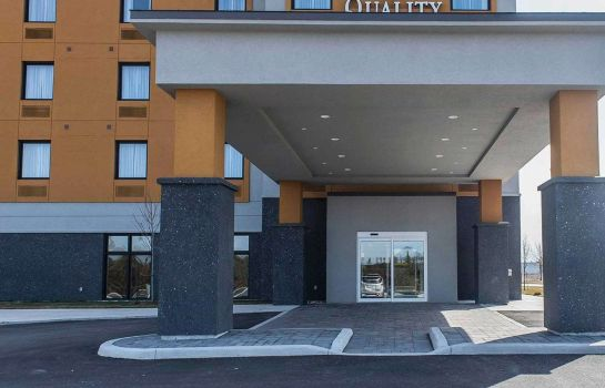 Vista esterna Quality Inn & Suites Kingston