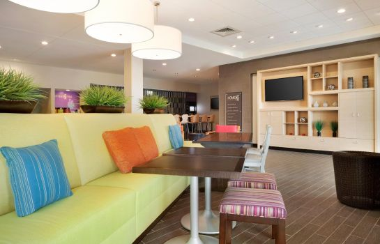Hol hotelowy Home2 Suites by Hilton Charlotte Airport