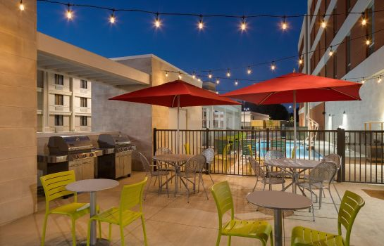 Info Home2 Suites by Hilton Charlotte Airport