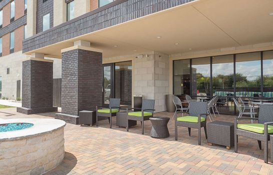 Vista exterior Home2 Suites by Hilton Dallas Grand Prairie