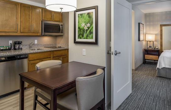 Hotel bar Homewood Suites by Hilton StL Westport