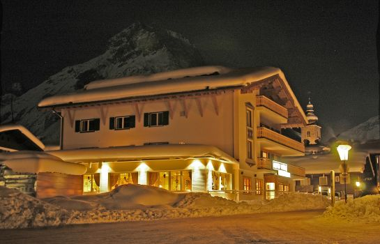Exterior view Anthony´s Alpin Hotel
