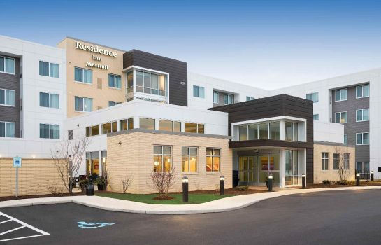 Exterior view Residence Inn Milwaukee West