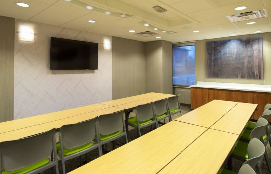 Conference room SpringHill Suites Seattle Issaquah