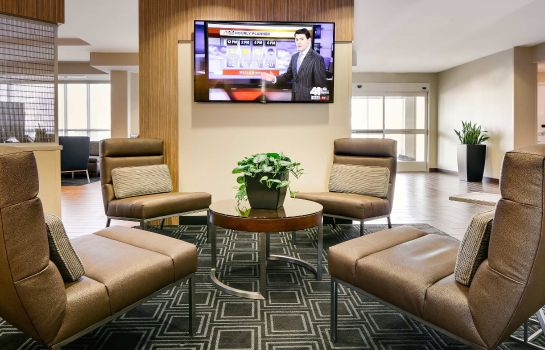 Hall TownePlace Suites Kansas City Airport