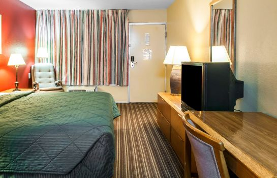 Zimmer Suburban Extended Stay Hotel East