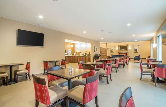Restaurant Comfort Inn & Suites Near Mt. Rushmore