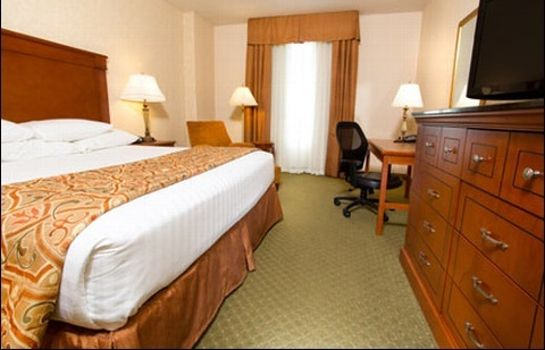 Habitación DRURY INN AND SUITES KANSAS CITY INDEPEN