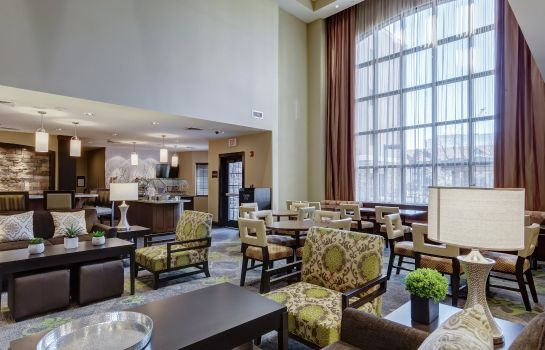 Vestíbulo del hotel Staybridge Suites ST LOUIS - WESTPORT