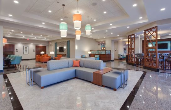 Hol hotelowy DRURY INN AND SUITES CHARLOTTE ARROWOOD